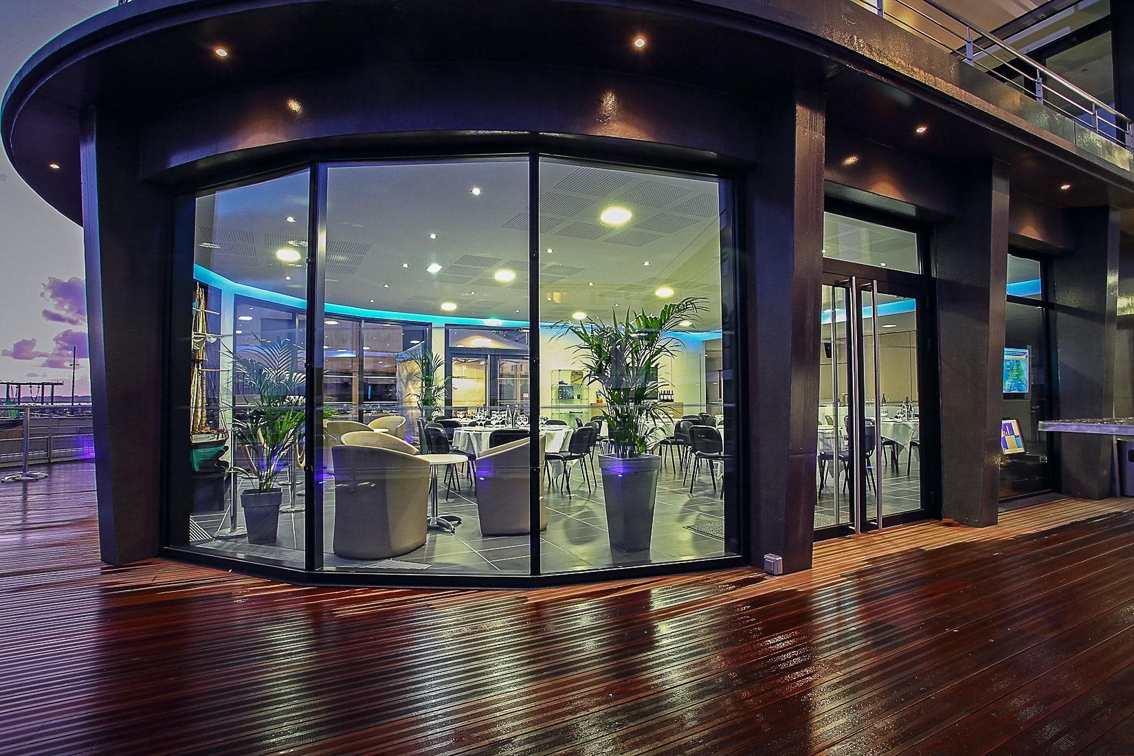 Espace Giraudeau - Club house vue extérieure
